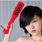 Пэдл-шлёпалка с надписью XOXO